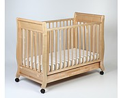 Troll Romantica łóżeczko 120x60 z szufladą z opuszczanym bokiem z litego drewna / kolor naturalny / Kurier gratis przy przedpła