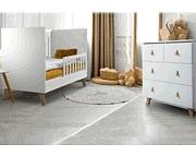 Klupś Noah pokój dziecięcy (łóżeczko 120x60cm z barierką + komoda z przewijakiem) kolor biały.