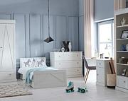 Pinio Marie pokój ucznia (łóżko 200x90 cm + komoda + regał + biurko). 15% taniej do 30 kwietnia.